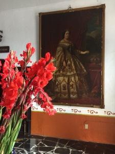 La reina de Espana - inside the lobby of la Hacienda Vista Hermosa.